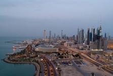 تلویزیون کویت برنامه های خود را قطع و اقدام به پخش قرآن کرد