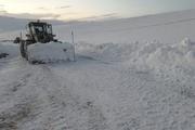 برف راههای روستایی مانه و سملقان را بست