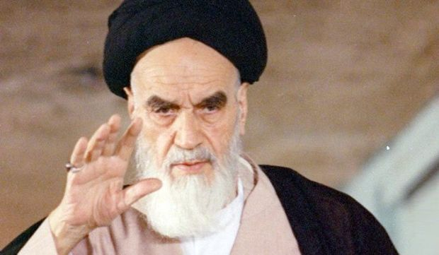 God gave humans intellect and power to refine themselves, Imam Khomeini explained