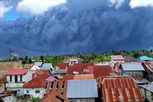 صحنهای باورنکردنی از آتشفشان تازه فعال شده اندونزی
