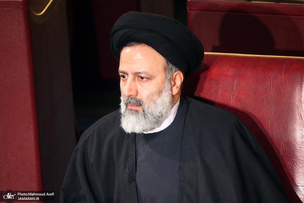 رئیس قوه قضاییه: مفسدان بدانند که پایان عمر آنها فرا رسیده است