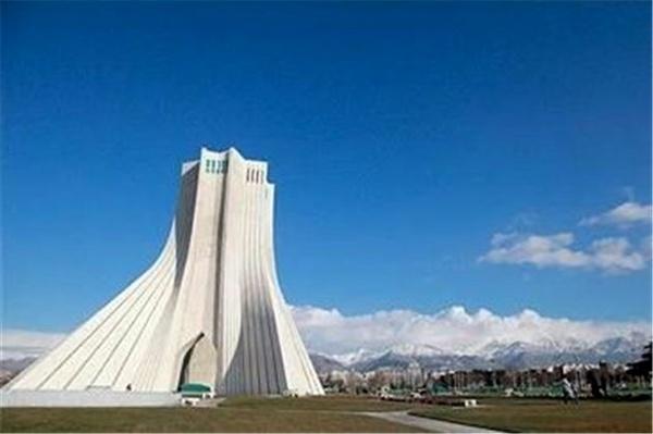 هوای تهران با شاخص ۴۸ پاک شد  دانشگاه تهران پاکترین نقطه پایتخت