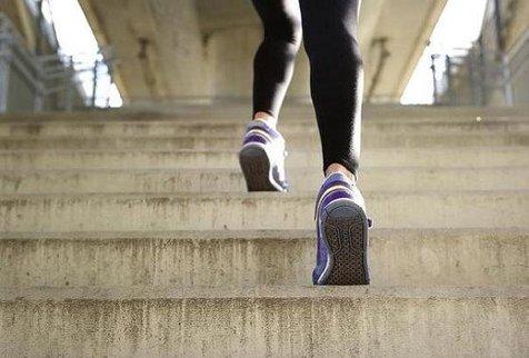 پله نوردی برای بیماران قلبی مفید است