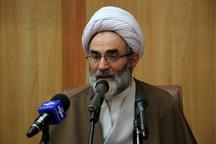 امام جمعه رشت: مسئولان به گفته های خود عمل کنند