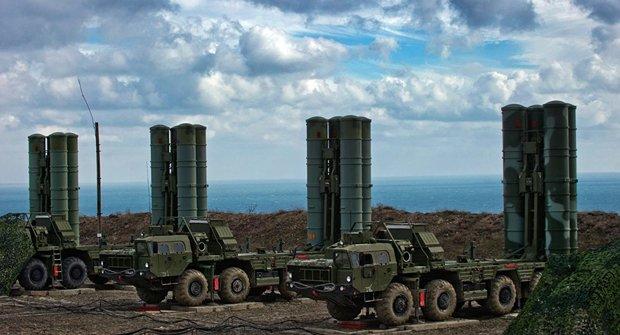 وزیر خارجه ترکیه: موشک های اس400 را با وجود تهدیدهای آمریکا خریدیم