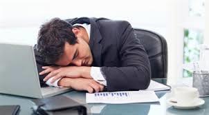 دلایل خوابآلودگی و خستگی مداوم در چیست؟