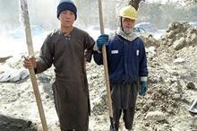 دکتر عیسی زاده: وجود کارگران افغانی موجب کاهش دستمزد ها می شود