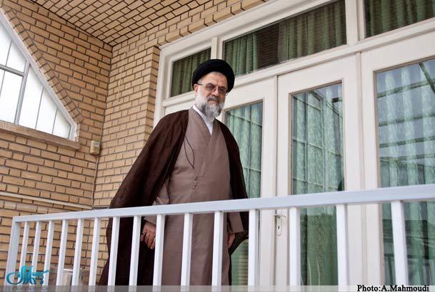 تحمیل جو خشونت بر جامعه بزرگترین ضربه مجاهدین خلق بود/ امام برای کارهایش حجت عقلی و شرعی داشت