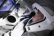 امشب، بازگشت فضانوردان دراگون به زمین