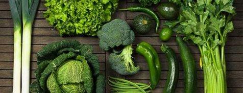 چرا باید سبزیجات تیره رنگ را دوست داشته باشید؟
