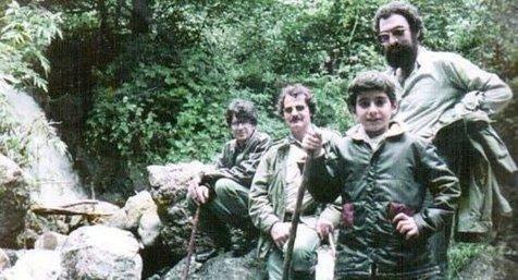 عکسی قدیمی از محمدرضا شجریان به همراه همایون در دربند