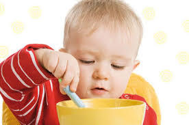 برنامه غذایی مناسب کودک ۸ تا ۱۲ ماهه