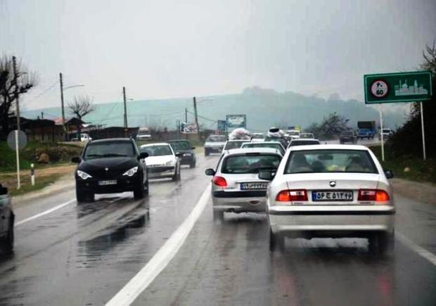 باران موجب لغزندگی برخی جاده های خراسان رضوی شد
