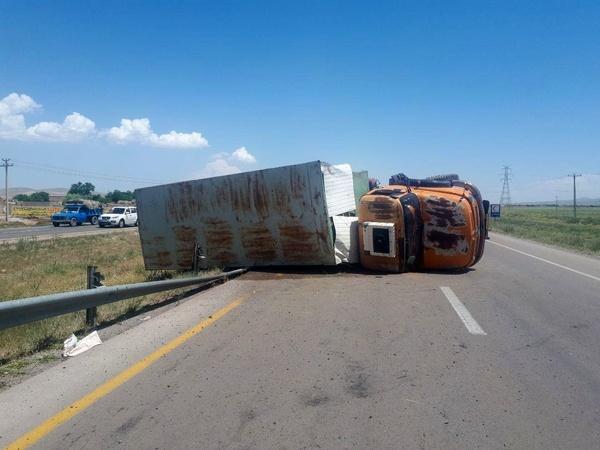 ۱ کشته و ۴ مصدوم در دو حادثه رانندگی در قوچان