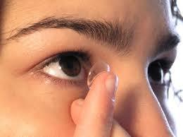 اگر از لنز چشمی استفاده میکنید این نکات را بخوانید