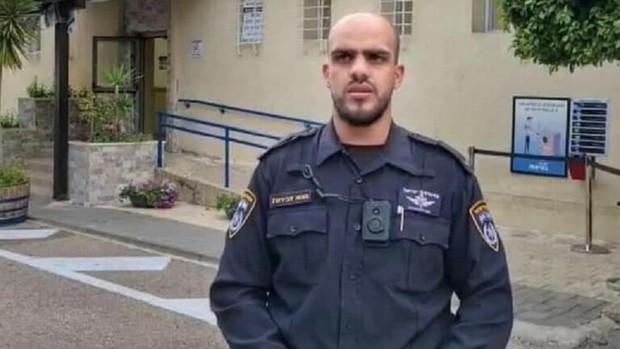 یک پلیس عرب از پلیس اسرائیل جدا و به مبارزه ملت فلسطین ملحق شد+عکس