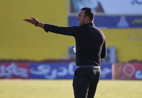 پاشازاده: آقایی که تیم نداری! بگذار استقلال سر و سامان بگیرد و آنقدر شو بازی نکن
