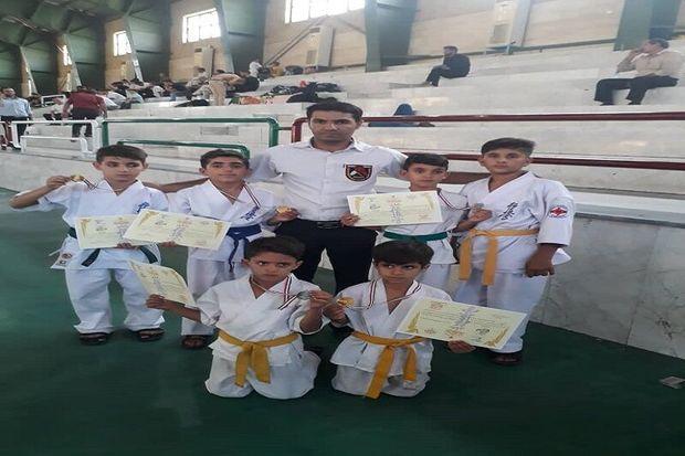 نونهالان باشتی در مسابقات کاراته قهرمانی کشور درخشیدند
