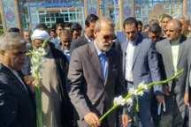 رئیس مجلس به مقام شهدای تربت حیدریه ادای احترام کرد