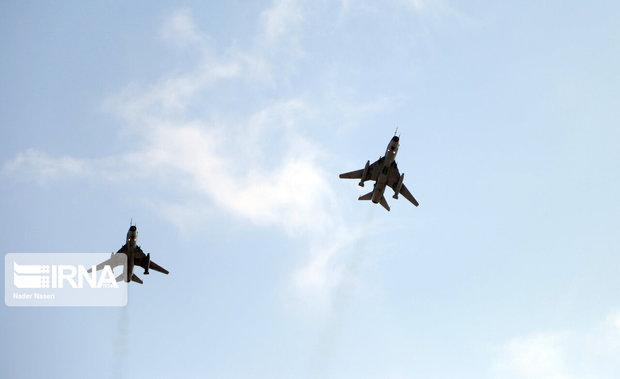 پرواز هواپیماهای نظامی در بیرجند به روال معمول است