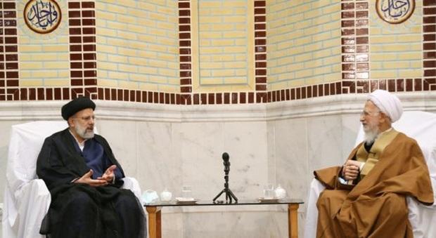 رییسی به دیدار آیت الله جوادی آملی رفت + تصاویر