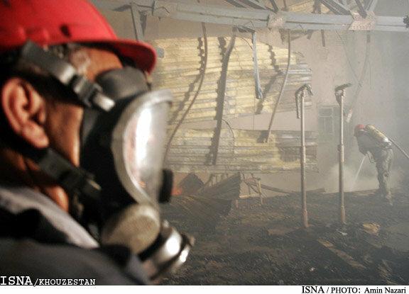 مصدوم شدن یک آتش نشان در حوادث چهارشنبه سوری اهواز