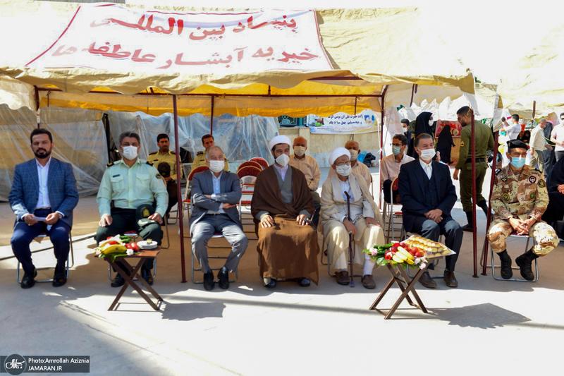 مراسم اهدای 1000سری جهیزیه به نوعروسان در جوار حرم امام خمینی(س)
