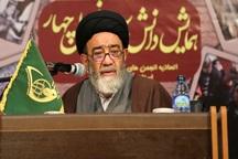 امام جمعه تبریز: شناخت آسیب های انقلاب ضروری است