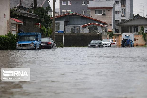 بارش شدید باران و آبگرفتگی معابر در هرمزگان