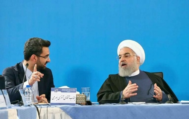 روحانی: توسعه و تکمیل دولت الکترونیک و فضای مجازی برای مردم حائز اهمیت است