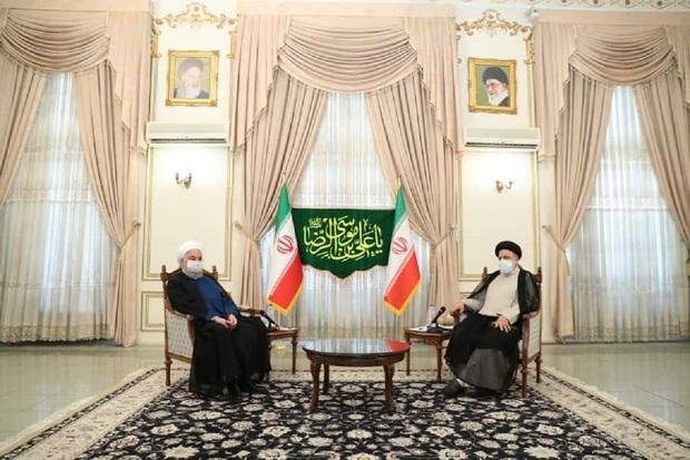 «روحانی» به دیدار «رییسی» رییس جمهور منتخب رفت