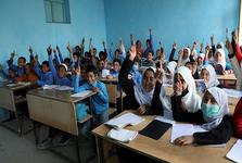 طالبان مانع تحصیل دختران شد