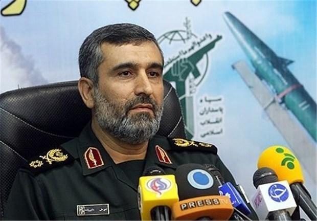 سردار حاجیزاده: دقت موشکها را مدیون تدبیر رهبر معظم انقلاب هستیم/ ناوهای هواپیمابر آمریکا برای ما یک سیبل هستند