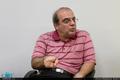 انتقاد عباس عبدی از اهانت برخی مسئولان به سربازان
