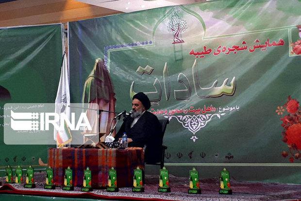 راهپیمایی اربعین محوری برای وحدت امت اسلام است