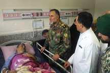 فرمانده نیروی زمینی ارتش از مجروحان اهواز عیادت کرد