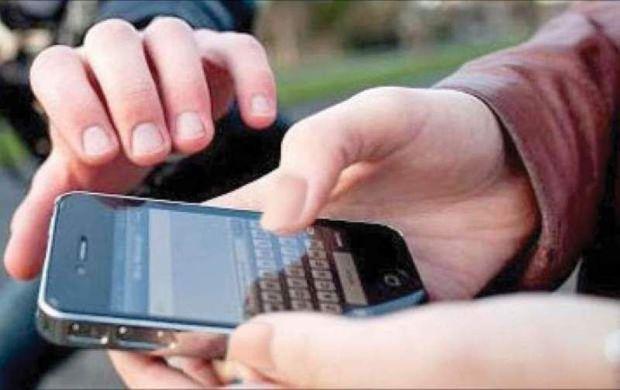 ۲ سارق تلفن همراه در ایرانشهر دستگیر شدند