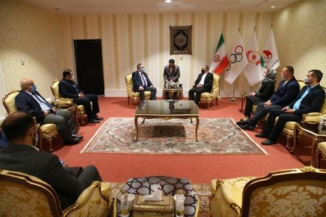 دیدار رئیس فدراسیون جهانی پاورلیفتینگ با دبیرکل کمیته ملی المپیک