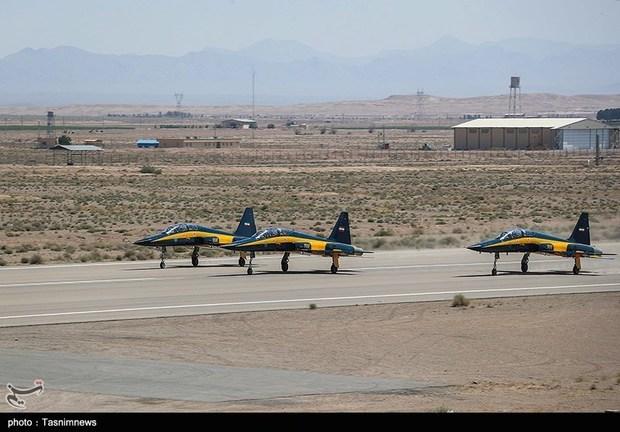 تحویل 3 فروند جت جنگنده کوثر به نیروی هوایی ارتش (2)