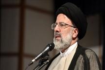 فشار دشمن سبب استحکام و استواری نیروهای امام و رهبری می شود