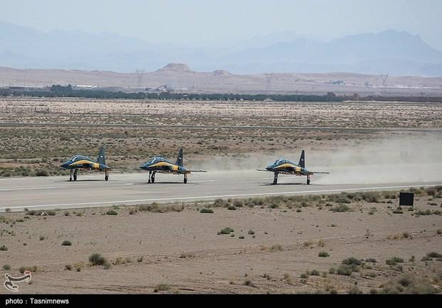 تحویل 3 فروند جت جنگنده کوثر به نیروی هوایی ارتش (3)