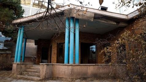 خانه نیما یوشیج در حال نابودی؟!