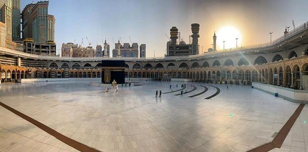 درهای خانه خدا باز شد/ اولین طواف در سال جدید قمری