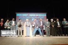 برگزیدگان جشنواره تئاتر سمنان با حضور وزیر فرهنگ و ارشاد تجلیل شدند