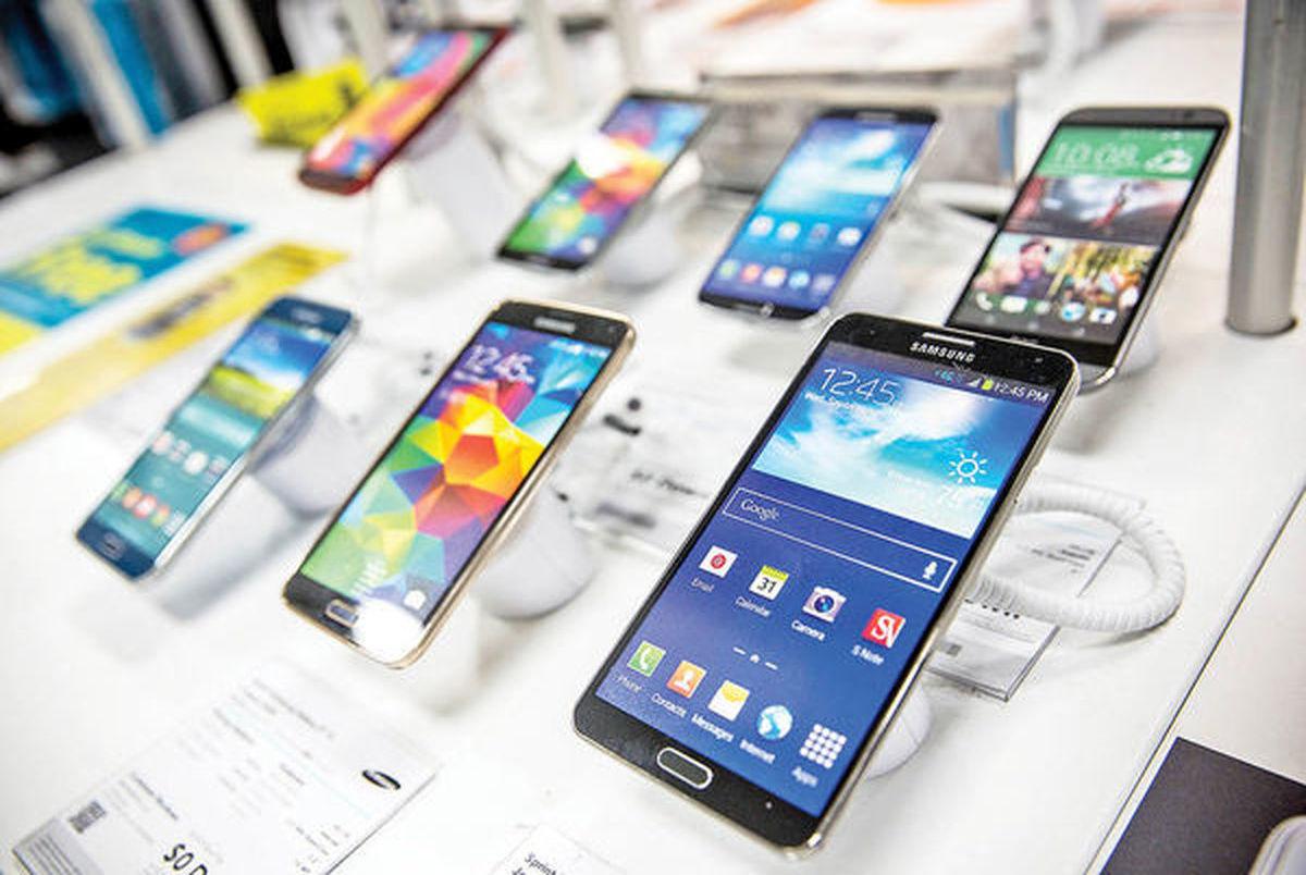 واردات گوشی همراه به کشور 85 درصد بیشتر شد/ ارزش کل واردات موبایل 1.4 میلیارد دلار شد