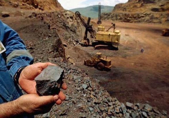 معدنکار، مخرب محیط زیست نیست