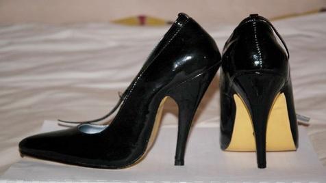 خطرات جدی استفاده از کفش پاشنه بلند
