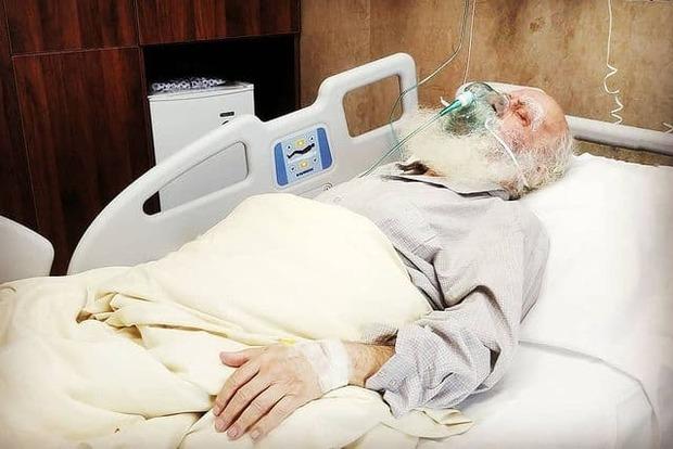 محمدرضا حکیمی در بیمارستان بستری شد