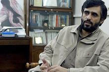 ابوطالب: شاید احمدی نژاد مایل باشند نظام سیاسی ریاستی در کشور وجود داشته باشد