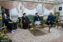 حضور یادگاران امام در منزل مرحوم حاج محمد عرب